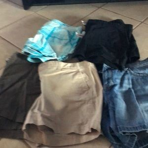 5 pairs Old Navy Shorts Size 14